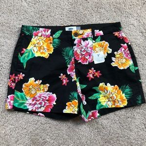 NWOT Old Navy tropical shorts